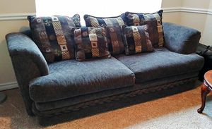 Beautiful Comfy Couch for Sale in Fort Worth, TX