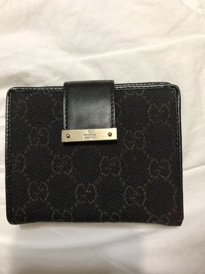 Men's nylon Gucci Wallet for Sale in Manvel, TX