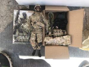 Veryhot toys 1/6 us army figure for Sale in San Diego, CA