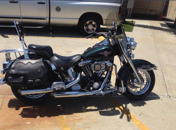 1996 Harley Davidson Heritage Softail Classic (FLSTC)