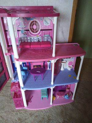 Doll house for Sale in Mechanicsburg, PA