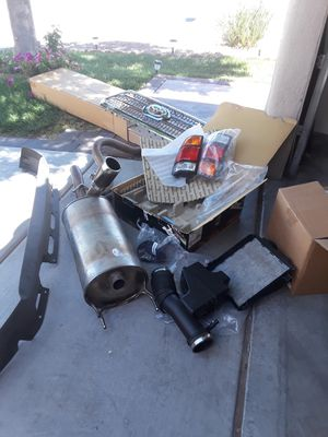 Toyota original parts $40 -2002 set oem tail for Sale in Las Vegas, NV