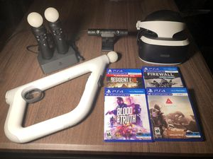 PSVR w/ 2 Move Controllers, VR Aim Controller and 4 games for Sale in Miami, FL