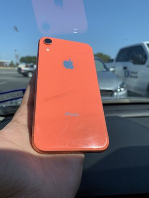 iPhone XR Coral 64GB AT&T/T-Mobile/Cricket/MetroPCS for Sale in Austin, TX