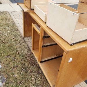 Free wooden desk for Sale in Ontarioville, IL