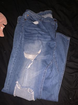 Jeans for Sale in Fresno, CA