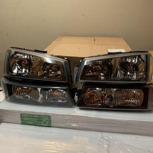 Silverado 03-06 new Smoke Headlights for Sale in Fresno, CA