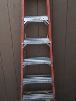 6 Ft Ladder for Sale in Las Vegas,  NV