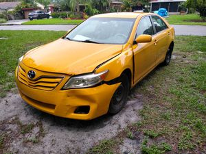 Toyota Camry LE for Sale in Tampa, FL