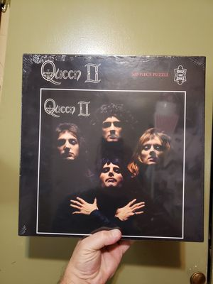 QUEEN ROCK PUZZLE BRAND NEW for Sale in Fresno, CA
