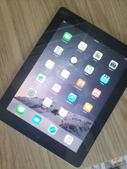 Apple iPad 3rd Generation |Wi-Fi|usable with Wi-Fi internet access, screen size|9.7 inches|,unlocked with excellent condition. for Sale in Springfield,  VA