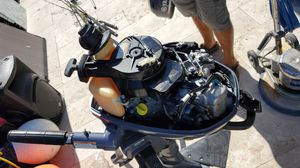 2012 Yamaha Dingy or small boat engine 6 HP for Sale in Miami, FL