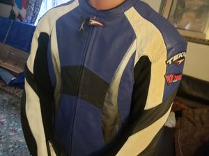2 jackets para motorcycles size 46 for Sale in Manassas, VA