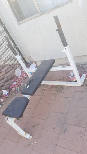 Free weight bench for Sale in Fontana, CA
