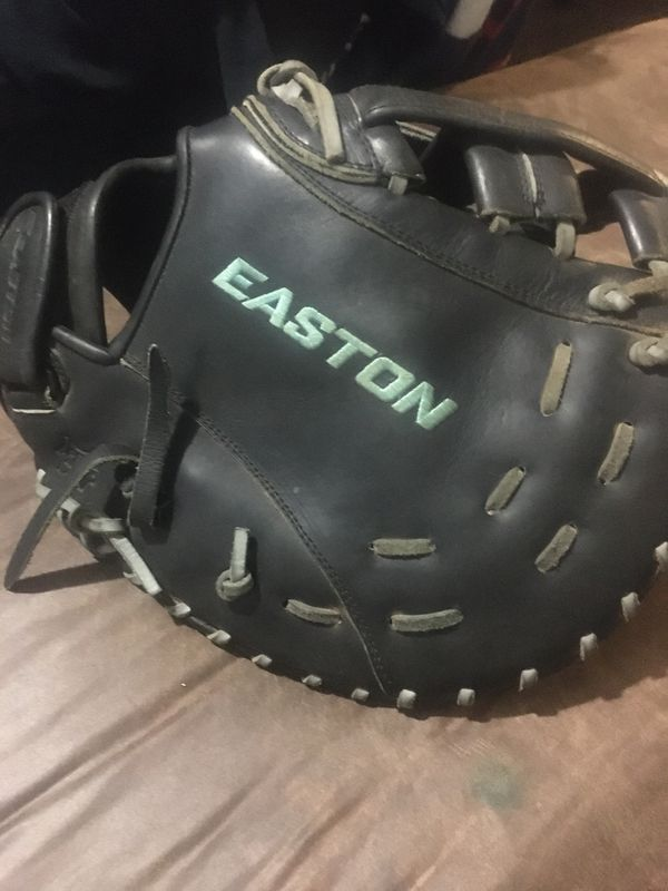 Softball First Base glove (Easton Core Pro Series)