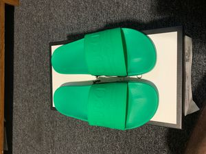 Green Mens Gucci Slides Size 9 (US 10) for Sale in Chicago, IL