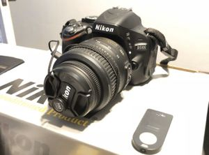 Nikon D5100 + 18-55mm lens + Battery Grip + flash + extras for Sale in Norwalk, CA