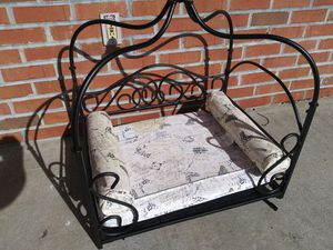 PET BED for Sale in Snellville, GA
