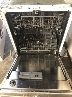 Whirlpool dishwasher for Sale in Stockton, CA