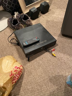 DVD player with it remote for Sale in Brooklyn, NY