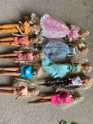 10 Barbie accessories and clothing, See all pictures for Sale in Gallitzin, PA