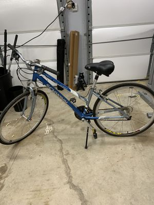 Schwinn Trailway Womens Bike for Sale in Austin, TX