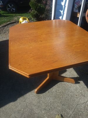 Kitchen table 44 ×42. Delivery With extra. I'm Salem for Sale in Brooks, OR