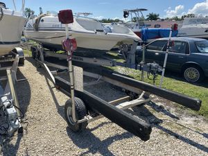 Aluminum boat trailer 17' to 18' for Sale in Bartlett, IL