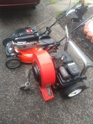 Self propelled lawn mower and walk behind gas leaf blower for Sale in Cleveland, OH
