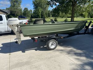 Duck Hunters Boat Package! Grumman / Johnson for Sale in Township of Cottrellville, MI