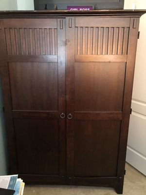 Desk Armoire for Sale in Riverview, FL