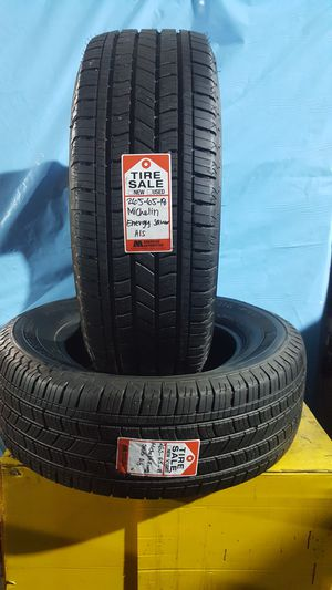 265/65/18 MICHELIN ENERGY SAVER A/S for Sale in Houston, TX