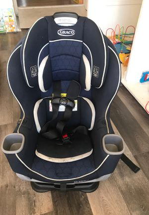 Graco Extend2Fit Convertible Car Seat for Sale in Los Angeles, CA