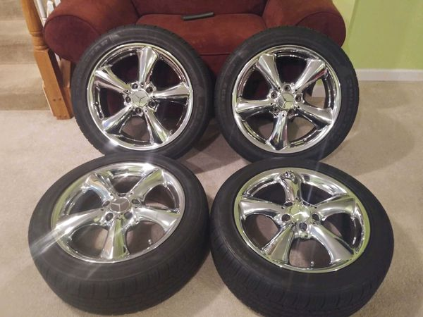 Brand New Mercedes Benz 17.5 Chrome Rims and Tires