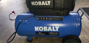 8 GALLONS COMPRESSOR for Sale in Los Angeles, CA