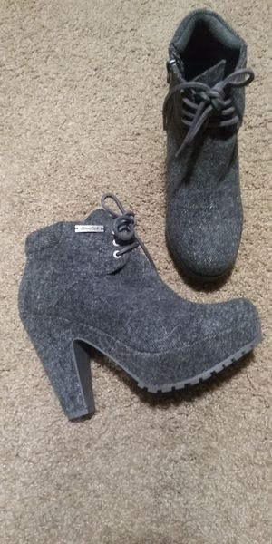 Blowfish ankle boots for Sale in Modesto, CA