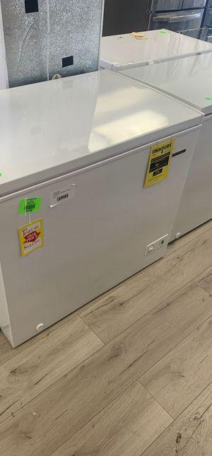 Thomson chest freezer XV for Sale in Colton, CA