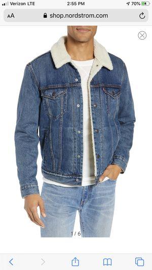 Vintage Levis Trucker sherpa Lined denim jean jacket size 42 for Sale in Fresno, CA