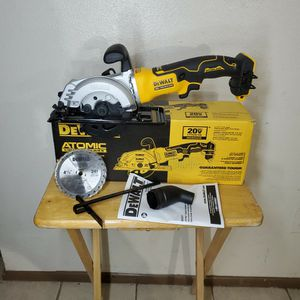 DEWALT ATOMIC 20-Volt MAX Cordless Brushless 4-1/2 in. Circular Saw (Tool-Only) for Sale in Phoenix, AZ