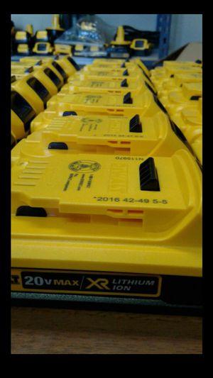 DEWALT 20V MAX LITUM-ION 2.0AH BATTERIES BRAND NEW EACH POR UNA BATTERIA. for Sale in Colton, CA