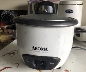 3 cups Aroma electric rice cooker for Sale in Minneapolis, MN