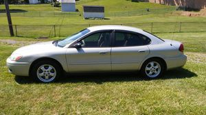 2005 ford Taurus se. Excellent shape. Fully Loaded. $1700. Obo. for Sale in Pumphrey, MD