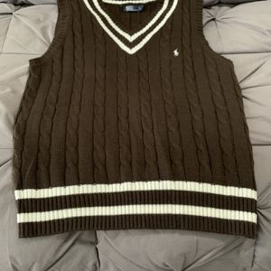 Classic Men's Polo Sweater Vest L for Sale in Highland Hills, OH