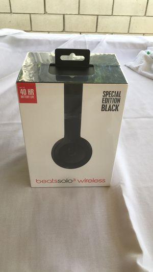 Dr Dre beats solo 3 wireless for Sale in Azusa, CA