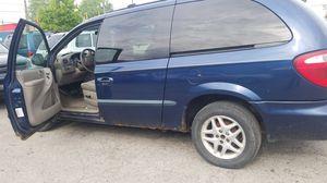 2002 dodge grand caravan blue for Sale in Columbus, OH