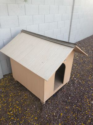 Medium size dog house for Sale in Avondale, AZ