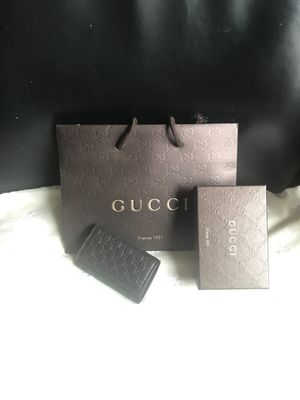 Authentic Gucci leather key holder for Sale in Glenview, IL