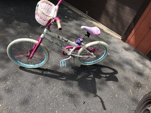 Bike with basket on front for Sale in Springfield, VA