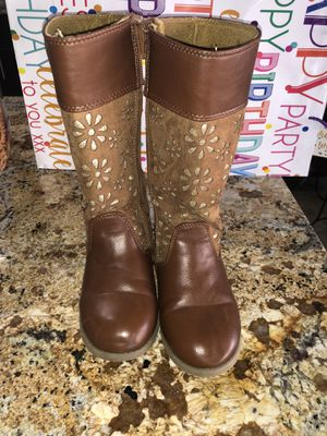 Girl boots Size 13 for Sale in Lemon Grove, CA