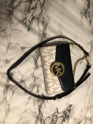 Michael Kors Purse for Sale in Sherman, TX